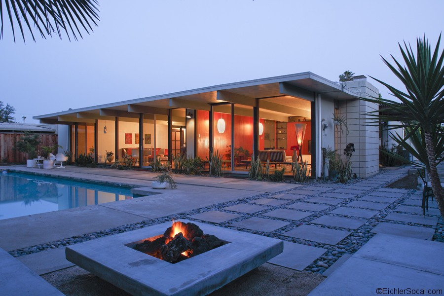 Eichler outdoor flooring