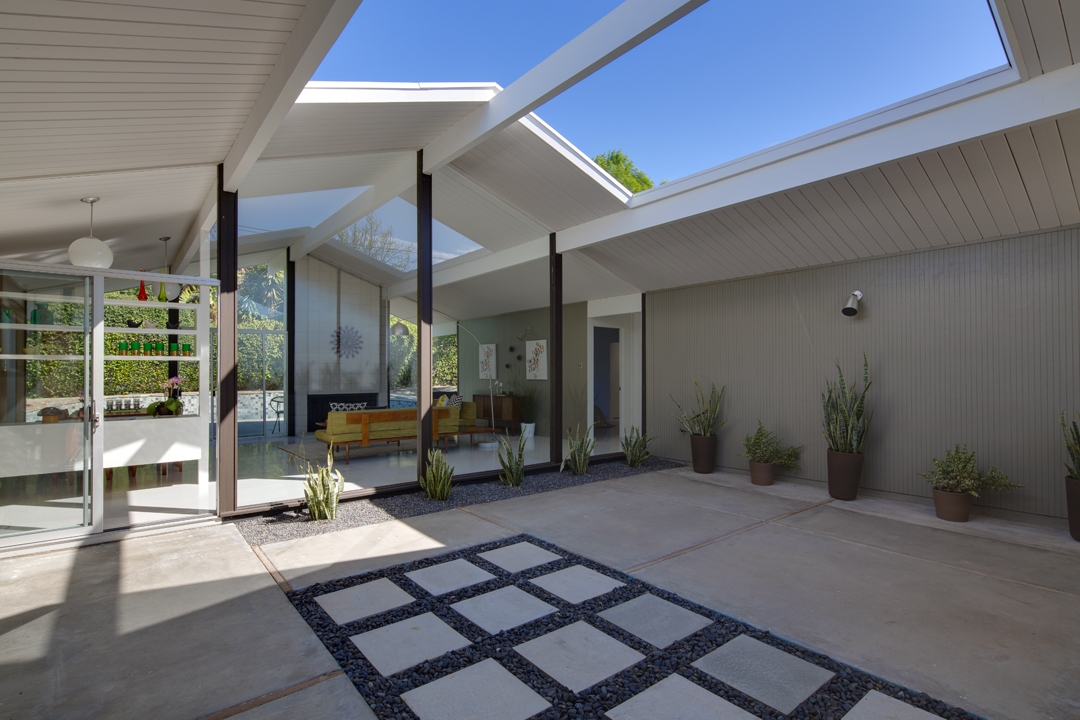 Eichler home for sale 1733 n shaffer st eichlersocal What is an atrium in a house
